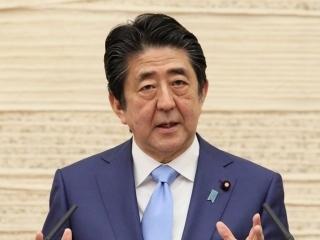 安倍总理召开记者招待会